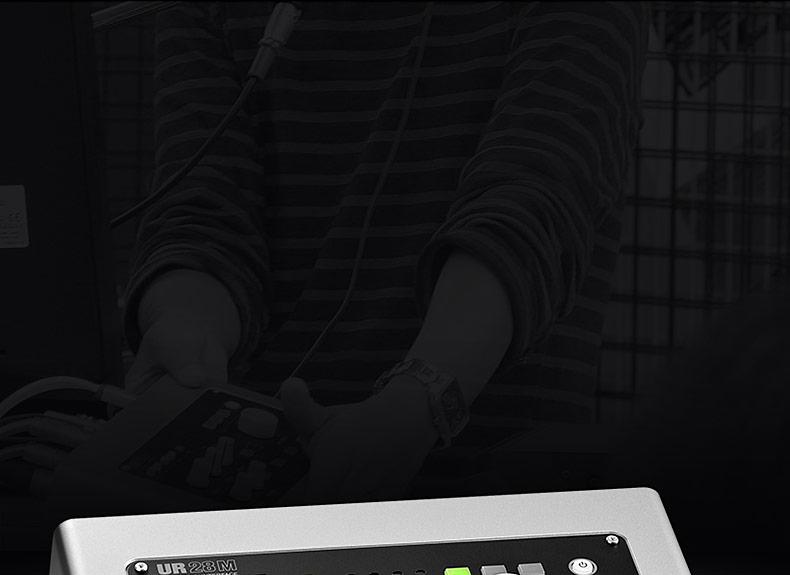 雅马哈(steinberg) UR28M 录音专业外置USB声卡