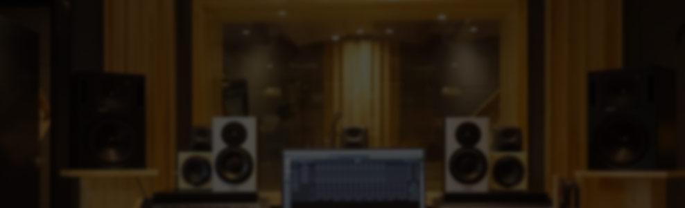 RME Fireface UFX+录音声卡搭配纽曼U87麦克风 专业中型录音棚高配推荐